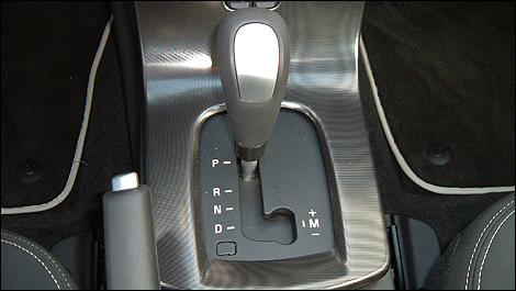 automatic transmission modes A continuously variable transmission, or cvt, is a type of automatic transmission that provides more useable power, better fuel economy and a smoother driving experience than a traditional automatic transmission.