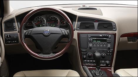 2001-2007 Volvo V70/XC70 Pre-Owned