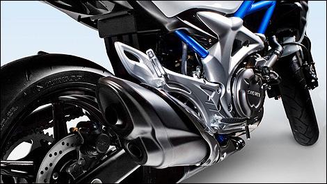 2009 Suzuki Gladius SFV650 Rear View