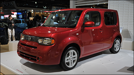 Nissan Cube And 370z Shown To Montreal
