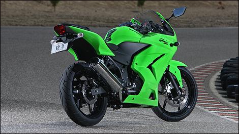2009 Kawasaki Ninja 250R Review (video)