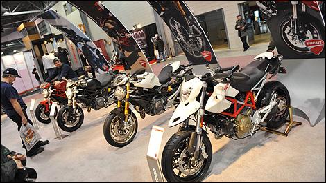 Le salon de la moto et du vtt de qu bec fait des heureux for Reduction salon de la moto