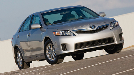 The 2010 Camry Hybrid Toyota S Por Combines Quality And Comfort With Clean Efficient