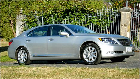 2009 Lexus LS 600h L Review