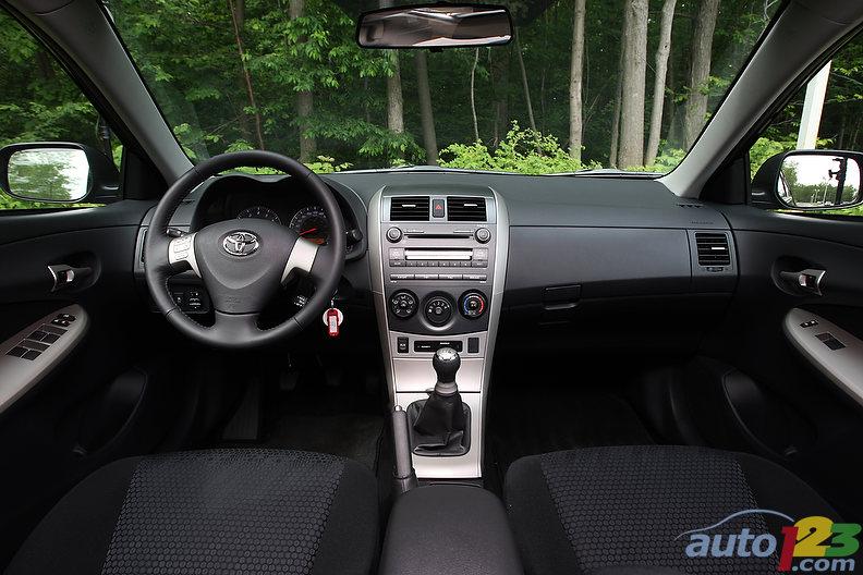 2010 toyota corolla xrs 003 - 2010 Toyota Corolla Xrs At