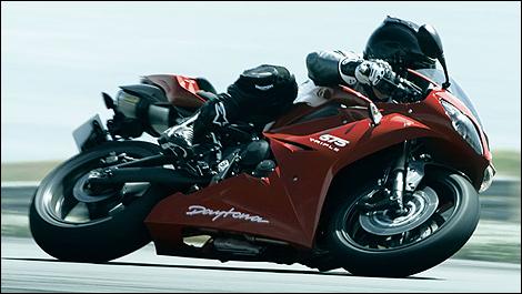 2010 Triumph Daytona 675 Test and Update