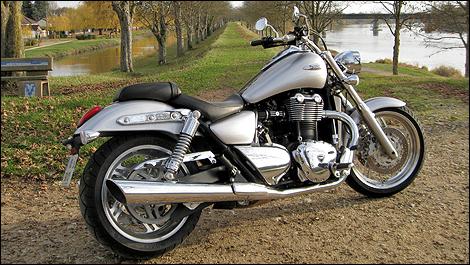 2010 Triumph Thunderbird Review