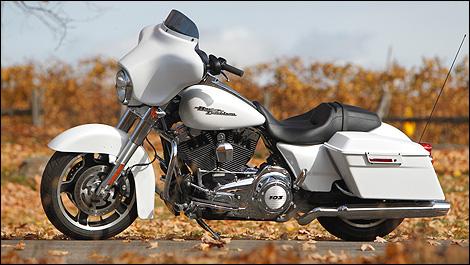 2011 Harley Davidson Street Glide Review