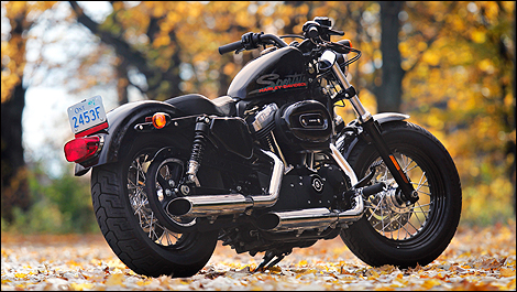 2011 Harley-Davidson Sportster 883 SuperLow and Forty-Eight : Review