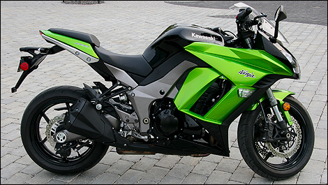 2011 Kawasaki Ninja 1000 Review