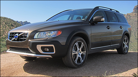 2012 volvo xc70 t6 awd platinum first impressions. Black Bedroom Furniture Sets. Home Design Ideas