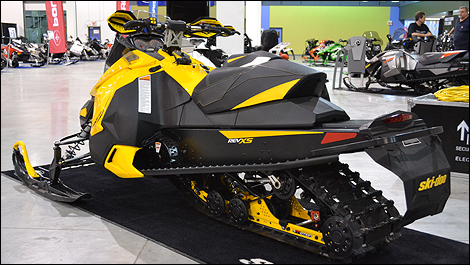 2013 Ski-Doo MXZ TNT 800r E-TEC rear 3/4 view