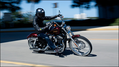 2012 Harley-Davidson Sportster Seventy-Two front 3/4 view