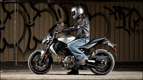 motorcycle buyer 39 s guide standard bikes up to 800cc. Black Bedroom Furniture Sets. Home Design Ideas