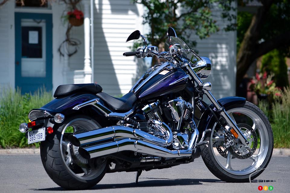 http://www.moto123.com/ArtImages/145132/Yamaha-XV1900-Raider-2012_003.jpg