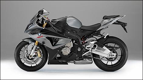 top 10 2013 des motos de route au meilleur rapport qualit prix. Black Bedroom Furniture Sets. Home Design Ideas