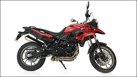 2013 BMW F700GS side view