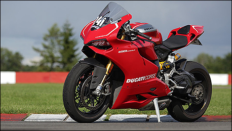 2013 Ducati 1199 Panigale R 2013 3/4 view