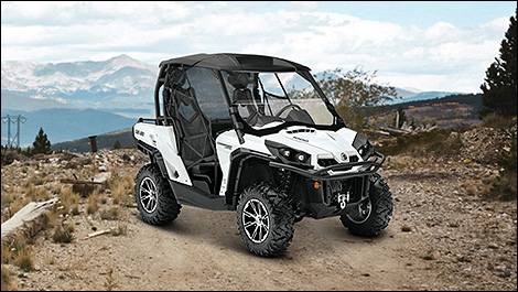 2014 Can-Am Commander 1000 Limited 3/4 view