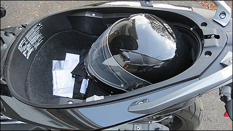 Terrific 2013 Bmw C600 Sport Review Gmtry Best Dining Table And Chair Ideas Images Gmtryco