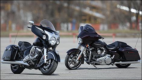 Harley-Davidson Street Glide 2014 et Indian Chieftain 2014