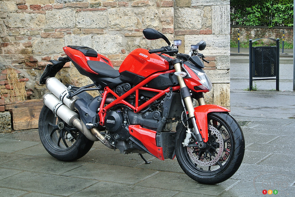 ducati streetfighter 848 red images galleries with a bite. Black Bedroom Furniture Sets. Home Design Ideas