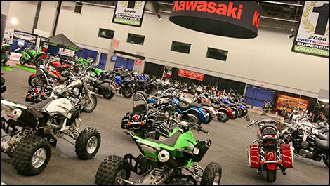 Le salon de la moto de montr al 2007 vid o - Salon de moto montreal ...