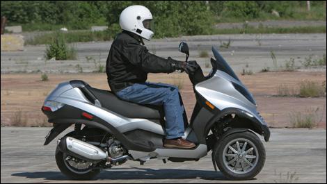 2007 piaggio mp3 road test
