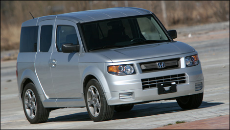 2007 honda element sc road test. Black Bedroom Furniture Sets. Home Design Ideas