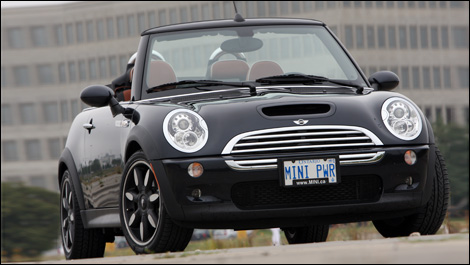 mini cooper s cabriolet sidewalk 2007 essai. Black Bedroom Furniture Sets. Home Design Ideas