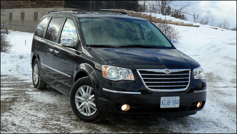 full touring en and price chrysler town specifications technical engine country