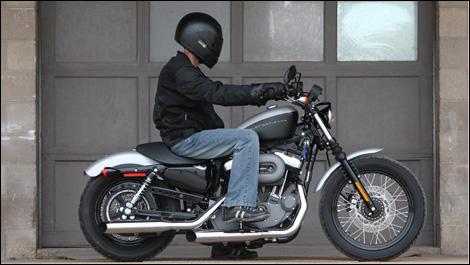 2007 Harley-Davidson XL 1200N Nightster Road Test