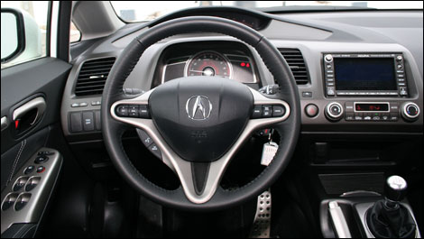 2008 Acura Csx - A Few Complex Controls Come In The Way Of An Otherwise Pleasant Driving Experience - 2008 Acura Csx