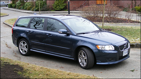 2008 Volvo V50 T5 FWD Review