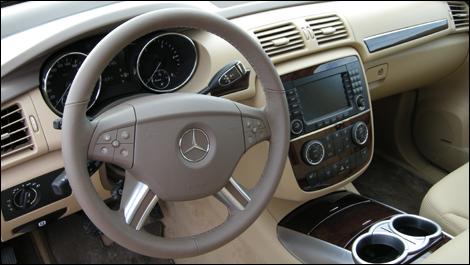 Mercedes benz r320 cdi 2008 essai routier - Peut on emprunter sans cdi ...