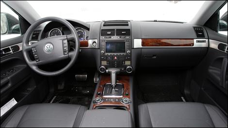 2008 Volkswagen Touareg 2 Review