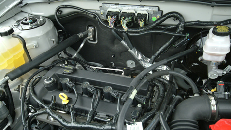 For 09 The Ford Escape Offers A New 171 Hp 2 5l 4 Cylinder Engine