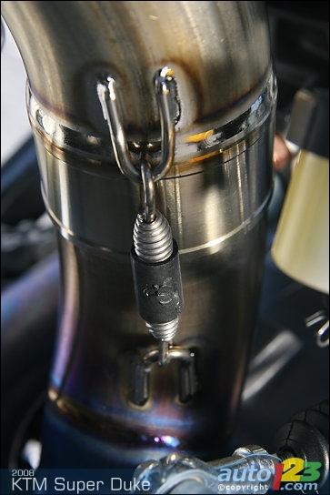 Ktm Dealers Ontario >> Photos - 2008 KTM 990 Super Duke Review (video)