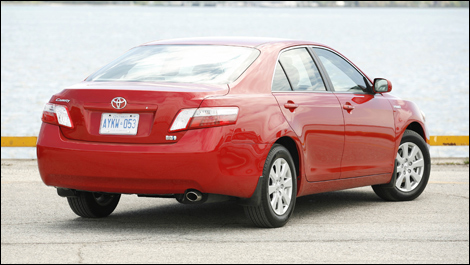 2008 toyota camry hybrid review. Black Bedroom Furniture Sets. Home Design Ideas