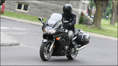 2008 Yamaha FJR1300 AS Review