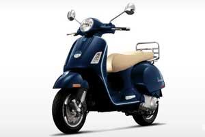 vespa 300 bleu